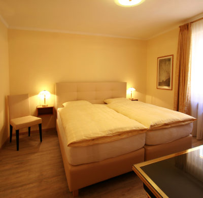 Zimmer Hotel_Garni_Golf_Ascona_2019_Doppelzimmer_Classic-4