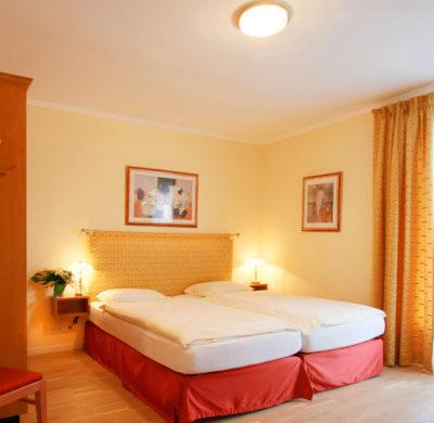 Hotel_Garni_Golf_Ascona_2019_Doppelzimmer_Comfort