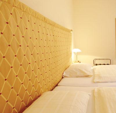 Hotel_Garni_Golf_Ascona_2019_Zimmer_Detail