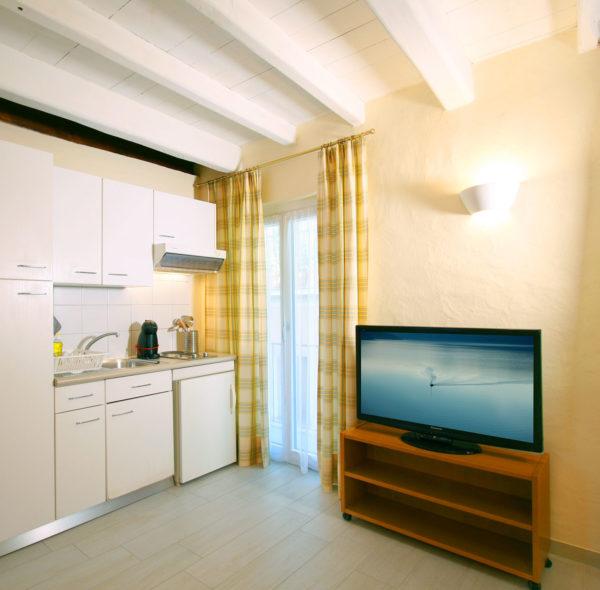 Hotel_Garni_Golf_Ascona_Depandance_2019_Wohnung4