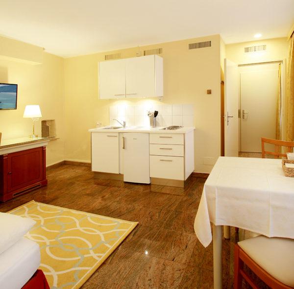 Hotel_Garni_Golf_Ascona_Ferienwohnung_2019